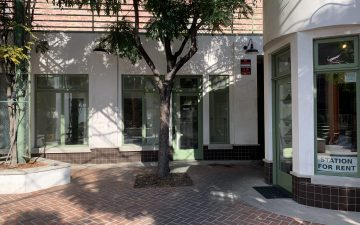 Small Courtyard Office for Lease