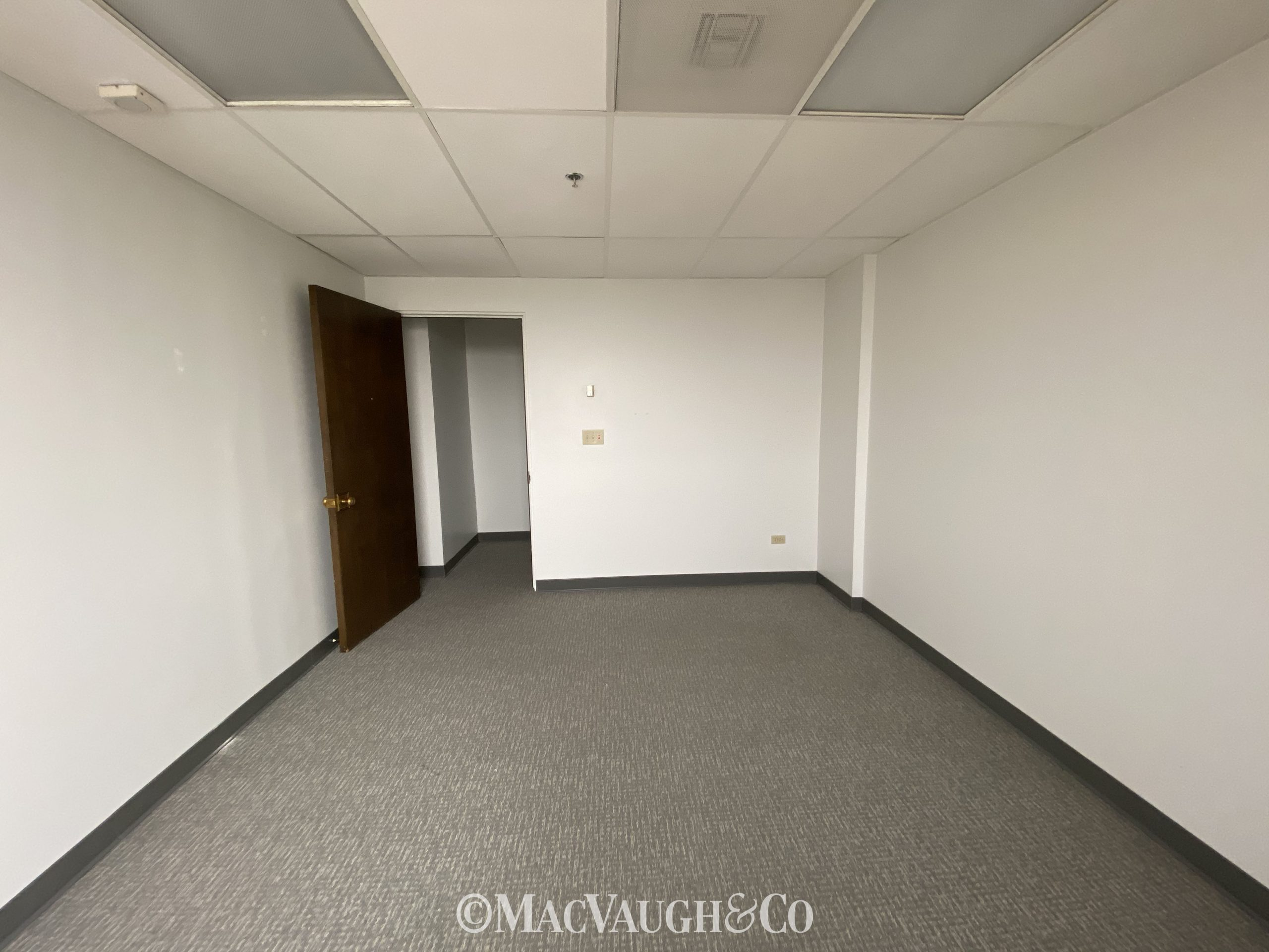 Multi-use Office for Sublease
